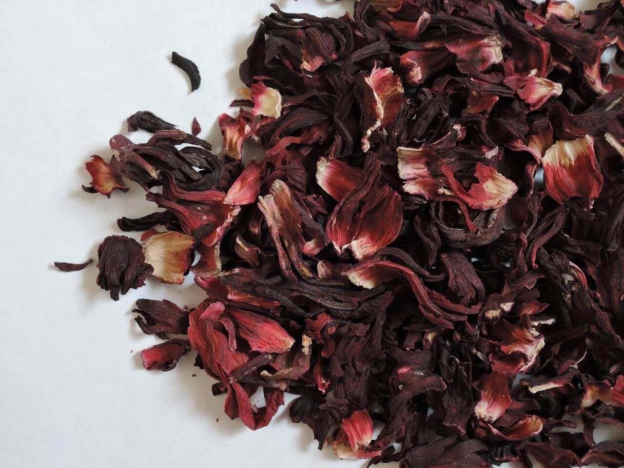 What Hibiscus Flowers Can You Use to Make Tea?
